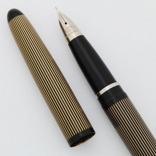 Lady Sheaffer 1960 negra y dorada