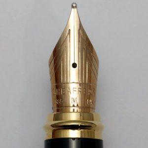 Plumín de oro de 14K de una Sheaffer Prelude