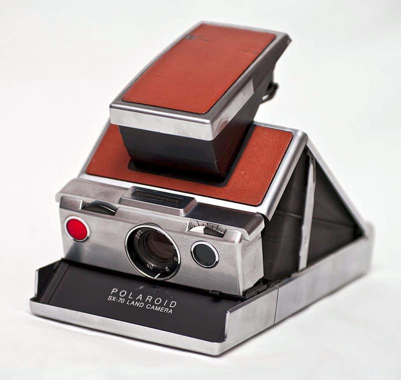 Polaroid SX 70 de Henry Dreyfuss