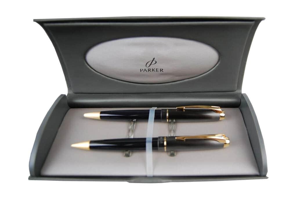 Bolígrafo y portaminas de la Parker 100 en su caja original