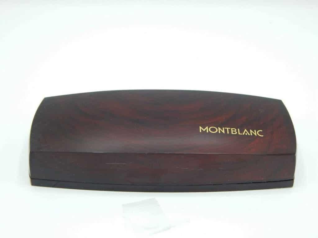 Estuche de presentación del modelo 32 de Montblacn