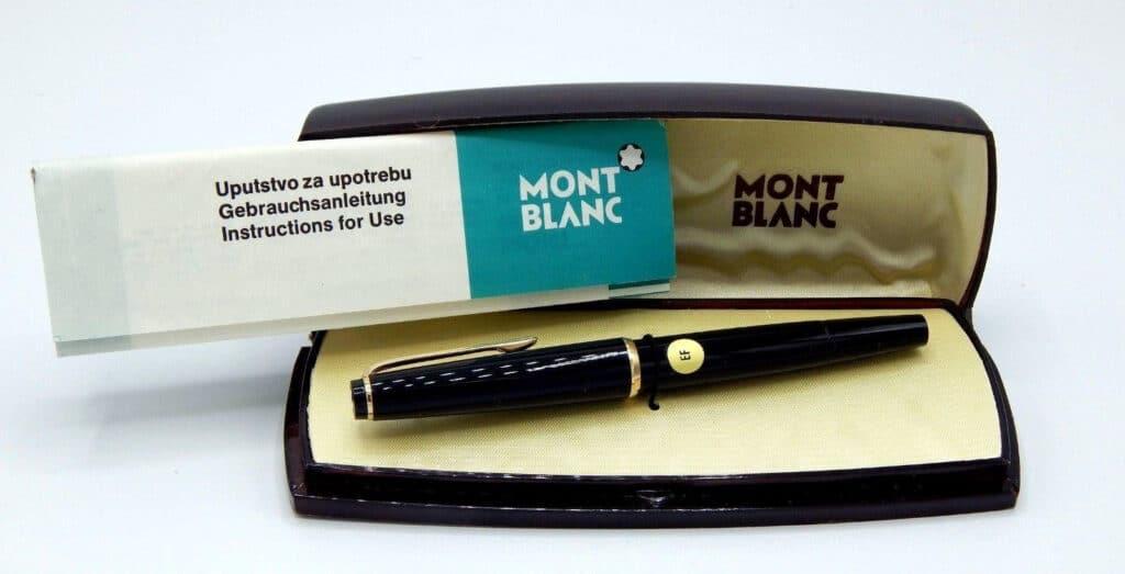 Montblanc 32 NOS en su caja original con su papeleria